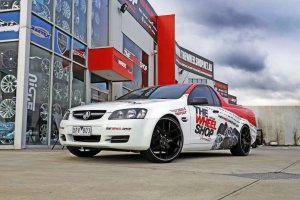 HOLDEN VE UTE WITH HR M02 WHEELS |  | HOLDEN
