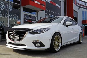 MAZDA 3 WITH HUSSLA 021 WHEELS  |  | MAZDA