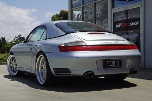 PORSCHE 911 996 C4S WITH 20 INCH BC RACING WHEELS  |  | PORSCHE