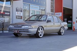 HOLDEN VL COMMODORE WITH 20 INCH STAR WHEELS |  | HOLDEN