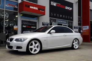 BMW 3 SERIES WITH 20 INCH SIMMONS FR1 WHEELS  |  | BMW