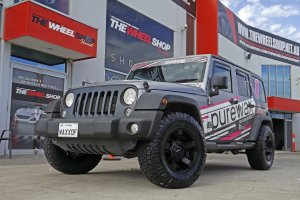 JEEP WRANGLER WITH 17 INCH ROCKSTAR WHEELS |  | JEEP