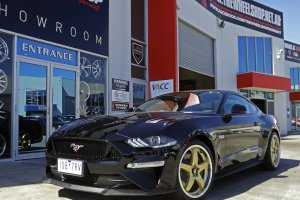 FORD MUSTANG WITH HR-R1 WHEELS  |  | FORD
