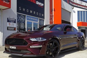 FORD MUSTANG WITH NICHE VERONA WHEELS  |  | FORD