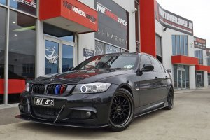 BMW 3 SERIES WITH 19 INCH OX WHEELS  |  | BMW