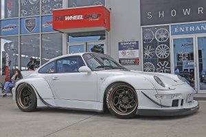 PORSCHE 993 RWB RONIN WITH ROTIFORM ZRH-T WHEELS  |  | PORSCHE