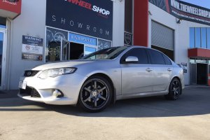 FORD FALCON WITH KOYA RACING WHEELS  |  | FORD