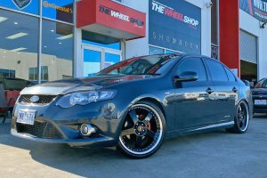 FORD FG WITH 20 INCH SIMMONS FR1 WHEELS  |  | FORD