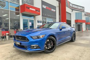 FORD MUSTANG WITH19 INCH IFG WHEELS |  | FORD